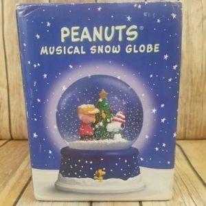 Peanuts 50th Anniversary Musical Snow Globe